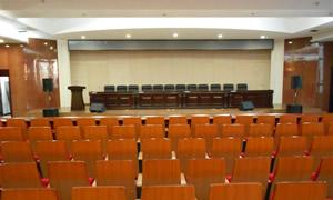 长春某市人民法院会议室4